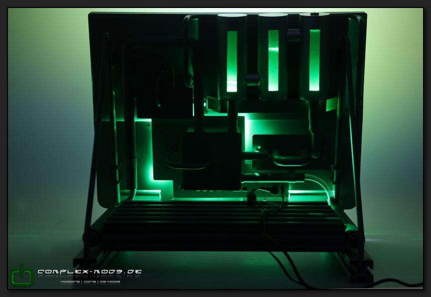 http://bilder.betzpatrick.de/modding/casemods/lenovo_industrial/lenovo_industrial_final027.jpg